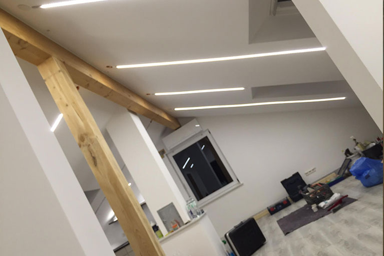 LED im Dachgeschoss